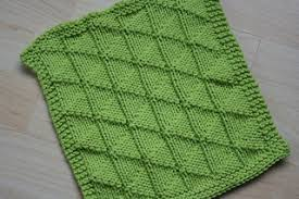 Free Knitting Patterns For Dishcloths Fascinating Ravelry Flying Geese Dishcloth Pattern By Vaunda Rae Giberson