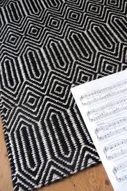 sloan black and white rug