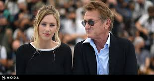 Sean penn and dylan penn arrive at the late show with stephen colbert studios on. The Adventures Of Dylan Penn The Wayward Daughter Of Sean Penn And Robin Wright Who Has Given The Big Surprise At Cannes Celebrities Vips S Fashion El Pais Mind Life Tv