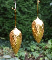 2 Christbaumanhänger Tannenzapfen Gold