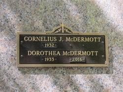 "Dorothea ""Dottie"" Devlin McDermott (1933-2016) - Find A Grave Memorial"