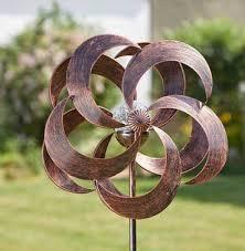 garden art wind sculpture spinners