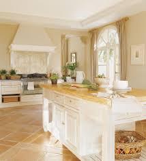 Muebles Para Cocinas Rusticas Perfect Cocinas Rsticas Fotos E Cocinas De Obras Rusticas