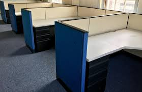 Open office cubicles Help Desk They Offer Up Their Best Performance In Office Cubicles Its Scientific Fact Workers Prefer Cubicles Over Open Office Atmosphere B2b News Network Best Performance In Office Cubicles Used Office Cubicles
