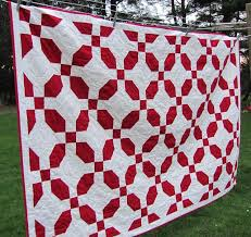 49 best Gingham Quilt Ideas images on Pinterest | Html, Baby ... & I love red/white quilts! Adamdwight.com