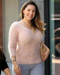 Kelly Brook Celebrities Wallpapers and Photos core downloads.