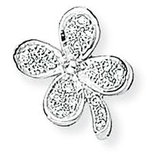 picture of white gold diamond four leaf clover pendant