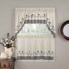 image of small window curtains