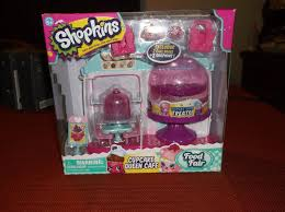 Shopkins Cupcake Queen Cafe Brand New Unopened 172641925300