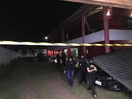 Resultado de imagem para Homens invadem casa de praia no Porto das Dunas e matam seis pessoas, na Grande Fortaleza