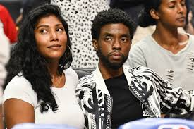 Actor who brought intelligence and warmth to his starring role in the marvel superhero blockbuster black panther. Chadwick Boseman Starb Ohne Testament Witwe Soll Vermogen Erben