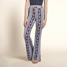 Flare Pants Pattern Magnificent Pattern Drapey Flare Pants From Hollister Co