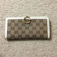 gucci used. free used authentic gucci wallet. n