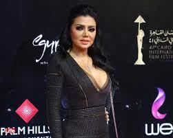 إطلالة مثيرة لرانيا يوسف في مهرجان القاهرة السينمائي (صور)