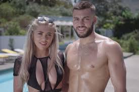 Love island returns to itv2 on monday 28th june 2021! Tinder Partners Love Island Ahead Of Summer Season Campaign Us