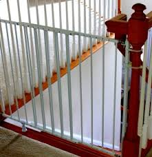 Installing a Baby Gate Without Drilling Into a Banister | Insourcelife