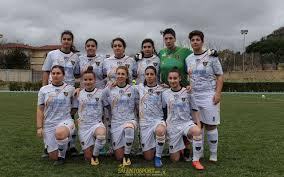 CALCIO FEMMINILE - Impresa Salento Women Soccer, fermata la capolista  Napoli. Mercoledì si replica in Coppa Italia • SalentoSport