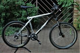 gt avalanche xl frame size off 58
