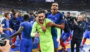 Euro 2020 takımları arasında yer alan fransa milli takımı ile ilgili yaşanan tüm gelişmeleri euro 2020 fransa haberleri sayfasından takip edebilirsiniz. Fransa Euro 2020 Milli Takim Kadrosu 2019 Ajansspor Com