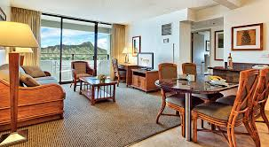 The Most 2 Bedroom Suites Honolulu Playmaxlgc In 2 Bedroom Suites Honolulu  Designs