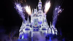 Frozen Holiday Wish Castle Lighting Show A Frozen Holiday Wish At Magic Kingdom Lighting Of Cinderella Castle 2018 With Anna Elsa Olaf