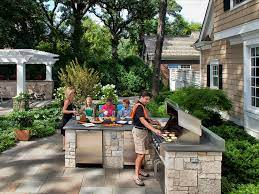 outdoor kitchens and grilling stations