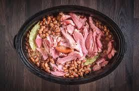 Slow cooked beans and ham hocks подробнее. Ham Hock And Beans Recipe Change Comin