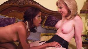 Mature lesbian mistress gets tongue fucked by a cutie Shameless