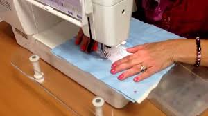 Simple free motion quilting on your regular sewing machine - YouTube & Simple free motion quilting on your regular sewing machine Adamdwight.com