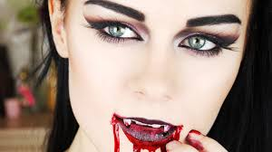 gothic vire female makeup tutorial