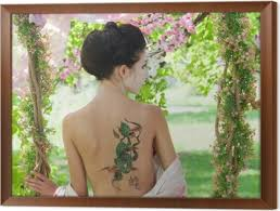 Asijský Styl Portrét ženy S Hadí Tetování Na Zádech