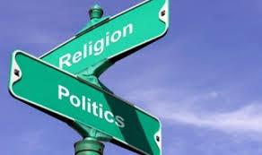 Dalam proses pembentukan dasar negara terjadi perdebatan antara dua kaum....