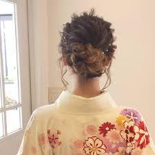 卒業式の髪型は今っぽ可愛く袴に合わせたいスタイル Trillトリル