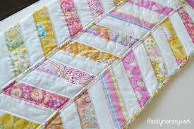 Sew an Easy Herringbone Baby Quilt | The DIY Mommy & DIY Herringbone / Chevron Baby Quilt Tutorial - The DIY Mommy Adamdwight.com