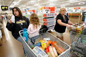 normal walmart shoppers. Wonderful Shoppers WalMart Shopper And Normal Walmart Shoppers Business Insider