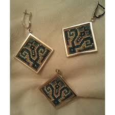 square pendant and earrings with silver frame