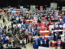what to expect when attending career fairs adbuzz aaf illinois image courtesy of google