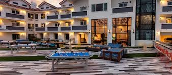 hotel courtyard area pool tables firepit
