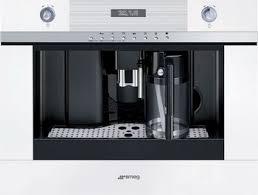 <b>Встраиваемое кофейное оборудование Smeg</b> CMSC 451 B ...
