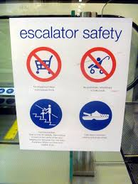 file crocs escalator safety warning sign jpg  file crocs escalator safety warning sign jpg