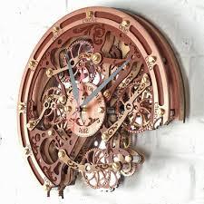 wall clocks automaton bite 1682