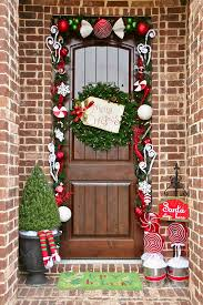 35 Christmas Door Decorating Ideas - Best Decorations for Your Front Door