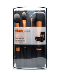 real techniques core collection new packaging. yes, you get four full-sized face brushes and a display/travel case for only p1,100 (cheaper in the us of course). sorry to sound like an informercial but real techniques core collection new packaging