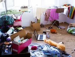 12 disgusting things found in teenagers bedrooms Life Death Prizes