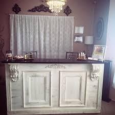 Bar, Retail Counter / Reception Desk Kitchen Island