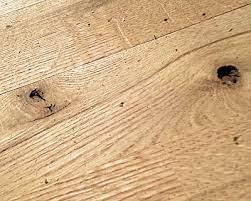 filling knot holes in flooring fine