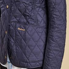 Barbour Annandale Quilted Jacket | Linnell Countrywear & Barbour Annandale Quilted Jacket in Navy Pocket Detail Adamdwight.com