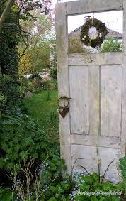 Alte Tür Im Garten Gardens Paletten Garten Garten Und