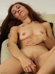 Granny solo pussy free films