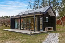 Scandinavian Modern tiny house | Simon Steffensen